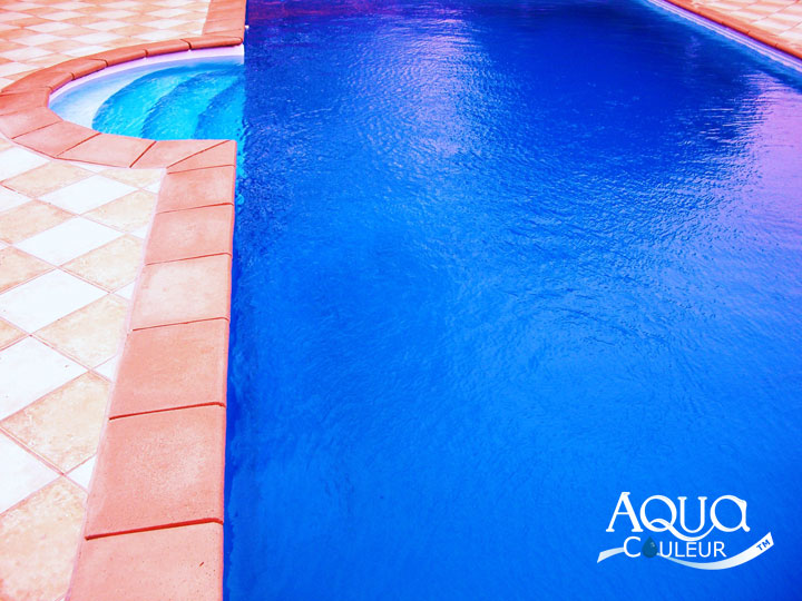 Aqua couleur talk of the pool jak water for Aquacouleur piscine